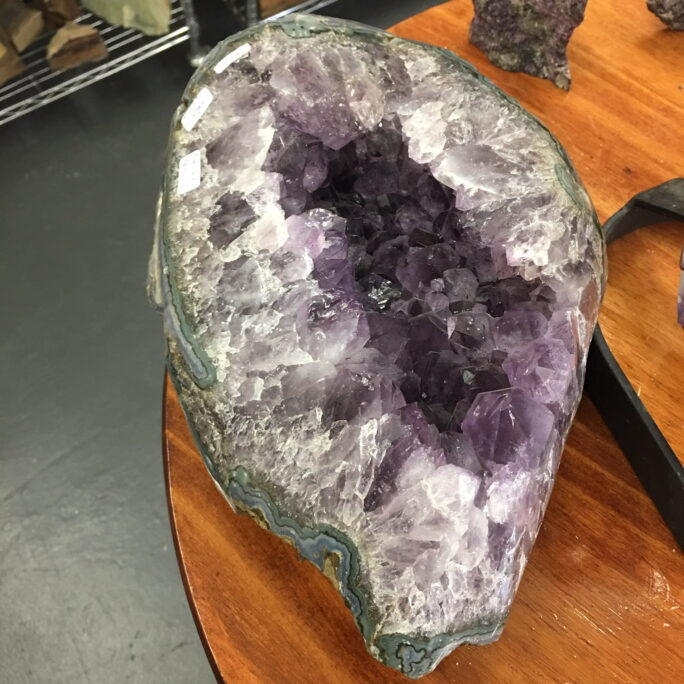 #AM36 Giant Amethyst Quartz Nodule with Polished Edges Displaying Underlying Bands of Agate